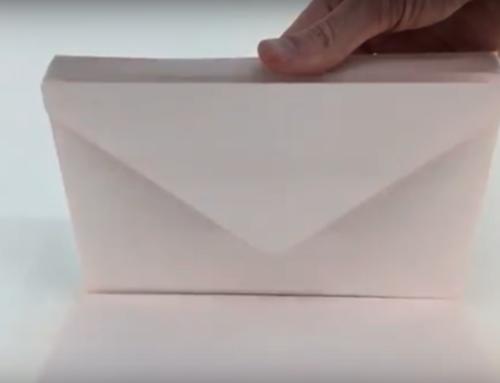 [VIDEO] Fabrication d'enveloppes sur mesure