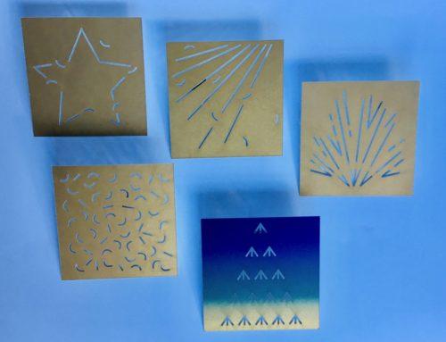 Gamme de cartes Postales The Lazy postcard – impression Pantone Or – Découpe Laser – Olin smooth 350gr/m2