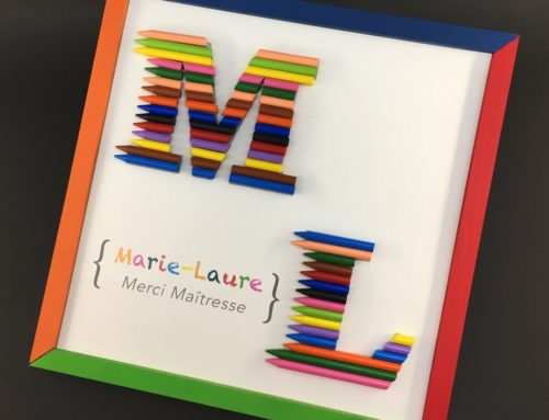 Cadre Crayola sur mesure – Cadeau Maitresse