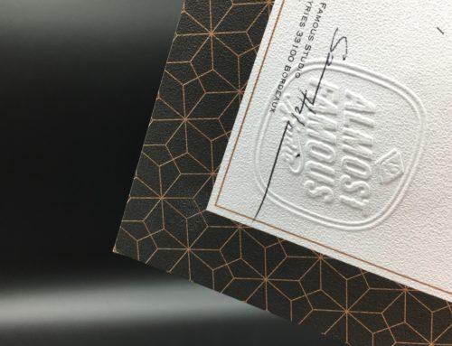 Certificat d'authenticité oeuvre d'art Pantone Cuivre 876 et Noir- Gaufrage – Colorplan 170g embossage Sandgrain