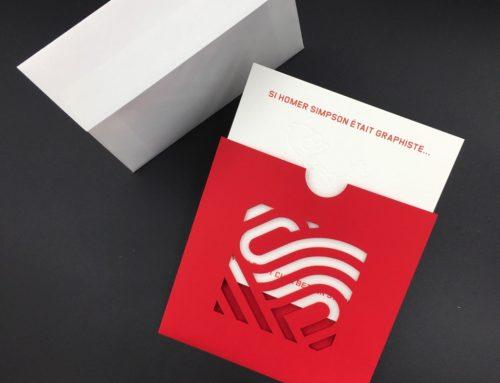 Carte de Voeux Agence duplex Old Mill 600gr/m2 avec pochette carrée découpe laser Curious Skin Rouge et Enveloppe Curious Matter Goya White