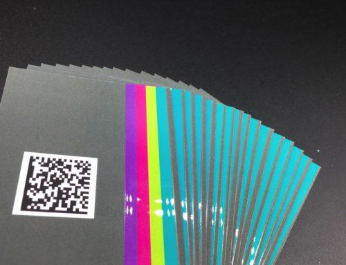 Cartes de visite tactiles – Vernis 3D et pelliculage Soft Touch