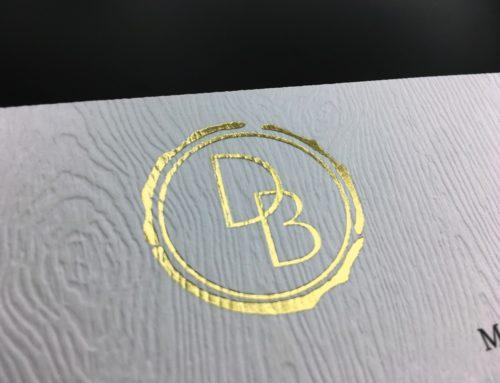 Création de logo pour Bar Mitzvah – Marquage à chaud Or Mat 428 – Gmund Savana Limba 300gr/m2