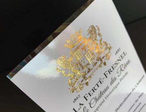Dépliant 2 volets pour Château – Pelliculage Brillant et Marquage à chaud Or