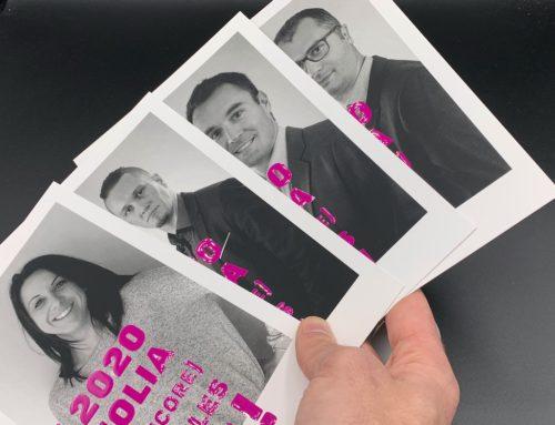 Cartes de Voeux portrait Casser les Codes – Vernis 3D Numérique sur pelliculage soft touch