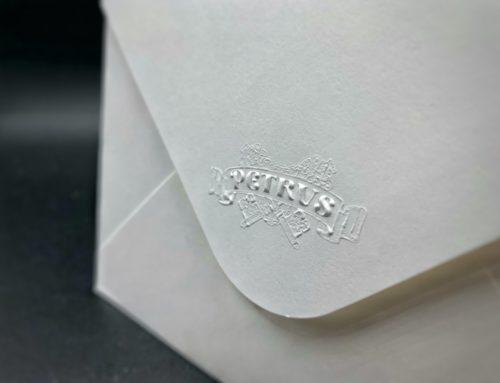 Fabrication d'enveloppe C6 sur mesure avec Gaufrage 3D – Olin Regular Extra blanc 120gr/m2