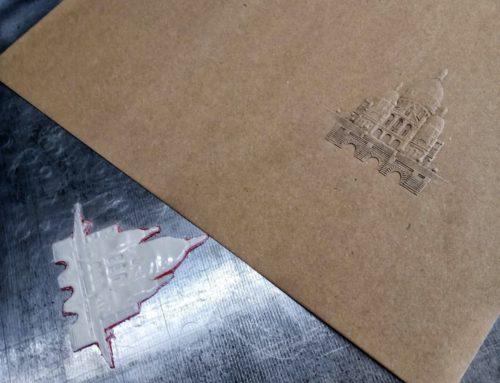Carton d'invitation en Gaufrage 3D Sacré Coeur – Kraft Naturel 350gr/m2