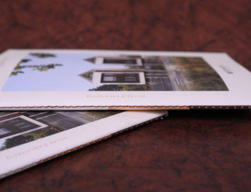 Brochure de présentation programme immobilier pour Maisons haut de gamme en dorure à chaud cuivre avec reliure en Couture singer Marron – Old Mill 300gr/m2 Premium White