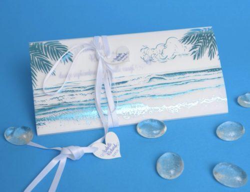 Faire-part Plage exotique et palmiers – Dorure à chaud bleu turquoise sur calque et fourreau