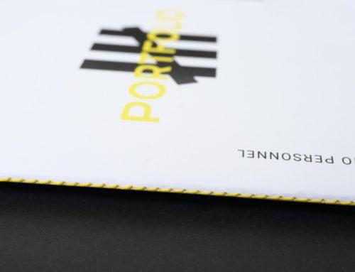 Portfolio étudiant design en brochure magazine avec couture singer jaune