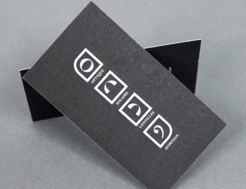 Carte de visite symboles en aplat noir sur papier recyclé avec amidon de pomme de terre – Curious Matter Goya White 270gr/m2