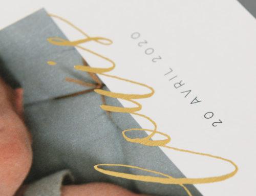 Faire-part de naissance Garçon avec dorure à chaud or brillante sur papier de création Old Mill Premium White 300gr/m2