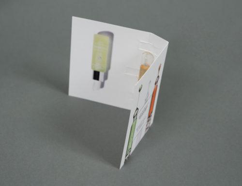 Cartonnettes 2 volets échantillon Parfum avec découpe encoches – Olin Regular 300gr/m2