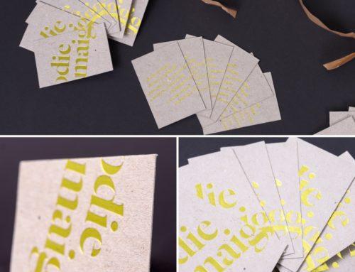 Cartes de visite Designer Graphique en carton gris recyclé 450gr/m2 avec marquage à chaud Or Lemon Gold 6724