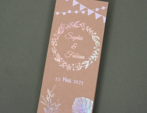 Faire-part de mariage Pochette avec pass festival champêtre – Kraft Naturel 350gr/m2 et Dorure à chaud Rainbow Holographique Laser