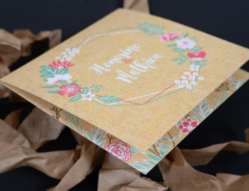 Faire-part de mariage 2 volets fleurs et imitation fond kraft – Rives tradition 250gr/m2 blanc naturel