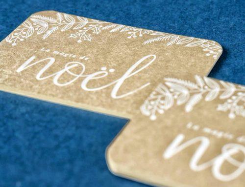 Cartes Noël pour illustratrice en impression blanche numérique sur papier doré – Gmund Gold Essence 310gr/m2 et découpe 4 coins ronds