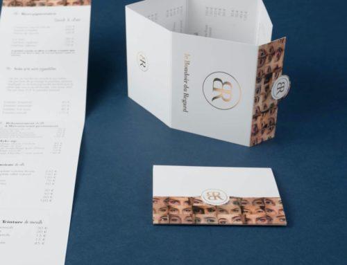 Dépliant plis roulés pour institut de beauté 6 volets avec dorure à chaud or rose et découpe à la forme
