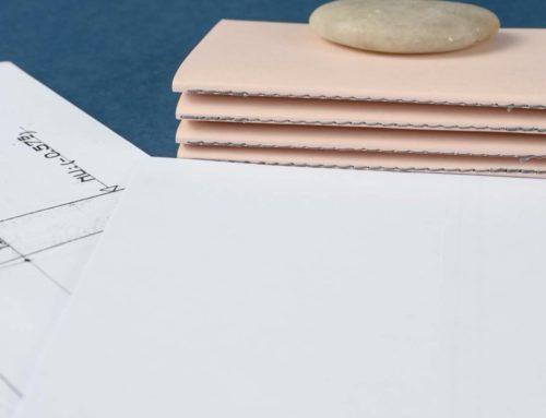 Carte de voeux carnet de note en couture singer grise avec papier issus d'anciens plans d'architecte – Papier recyclé rose poudré Woodstock Cipria