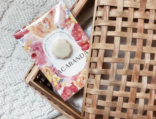 Carte échantillon pour bougie parfumée sur papier texturé – Tintoretto Gesso 300gr/m2