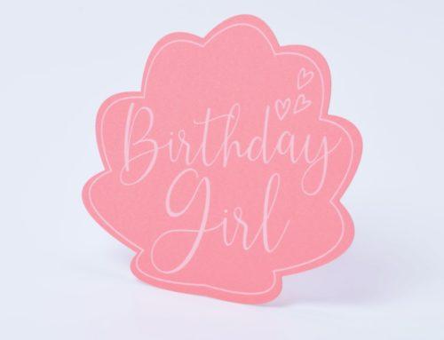 Cartes anniversaire fille en forme de coquillage – Découpe laser et impression blanche numérique – Gmund Action Pastel Heart Attack 310gr/m2