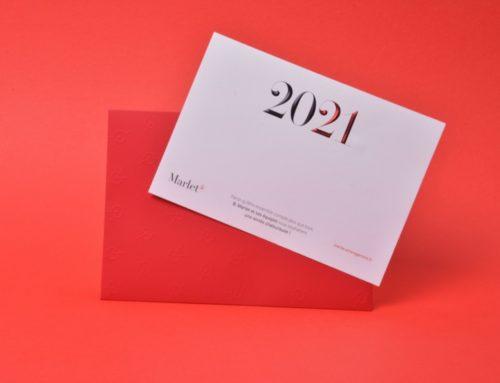 Carte de voeux 2021 haut de gamme avec dorure gablée en pointe de diamant bi couleur Noir et Rouge métal – Papier Pur coton cocaïne 350gr/m2 – Enveloppe sur mesure avec motifs en gaufrage