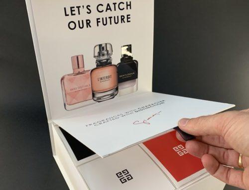 Habillage pour coffret luxe Parfum avec vernis 3D et découpe de boites cube à la forme – Carte graphique 350gr/m2