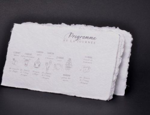 Faire-part de mariage sur papier coton recyclé fait main avec 4 bords frangés
